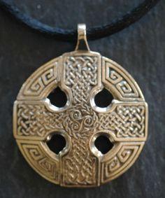 CELTIC CROSS - Large Bronze Celtic Pendant