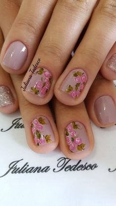 Rose Nail Art, Rose Nails, Flower Nails, Nail Art Diy, Diy Nails, Short Nail Manicure, Pedicure Nails, Mexican Nails, Berry Nails