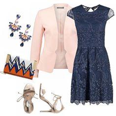 Una cerimonia in vista e vi piace il pizzo? questa proposta è carina, colorata elegante e moderna, il vestito di pizzo blu è favoloso, abbinato a toni caldi aranciati , esce dagli schemi!