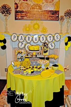 Parents To Bee Baby Shower | CatchMyParty.com