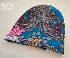 Всем известна красота павловопосадских шалей, однако, их можно использовать как прекрасный материал для творчества. Из павловопосадских шалей можно шить различные аксессуары, одежду, сумки, игрушки и многое другое. И результат всегда великолепен. Сегодня я вам предлагаю сшить комплект, состоящий из шапочки и палантина. Итак, нам потребуются: - выкройка шапки; - лоскут павловопосадского платка; -…