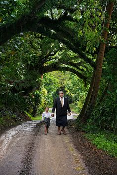 Steve McCurry :: On the Road / Fiji