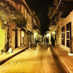 Cartagena, Colombia | 23 Beautifully Bookish Places To Explore This Summer