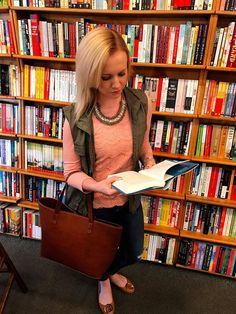 15 Books to Read in 2017 http://www.workaholicwanderlustingwoman.com/