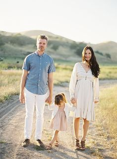 Family Photo Inspiration - Family Photography / Photo Session Ideas / Family Photoshoot