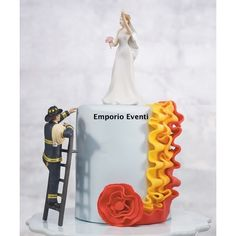 Create a special fireman cake with The Knot Shop's Fireman Wedding Cake Topper. Makes a cool addition to any fireman groom's cake! Firefighter Wedding Cakes, Fireman Wedding, Firefighter Gifts, Funny Wedding Cake Toppers, Personalized Wedding Cake Toppers, Wedding Topper, Funny Grooms Cake, Fireman Cake, Fireman Party