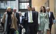 Merkel Left to Seek SPD Alliance After Greens Drop Out.(October 16th 2013)