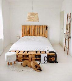Te proponemos 5 estilos distintos de rediseñar bases de cama, las cuales podrás construir tu mismo con materiales sencillos de conseguir.