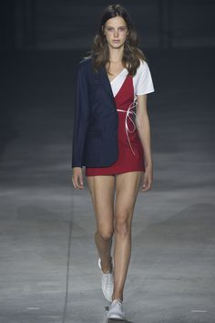 Jacquemus Spring 2016 Ready-to-Wear Collection Photos - Vogue Fashion Week Paris, Fashion Weeks, Fashion Week 2016, Runway Fashion, Look Fashion, Trendy Fashion, High Fashion, Fashion Show, Fashion Design