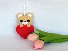 Ourson kawaii cadeau fête des mères ours en peluche par IbelieveIcanfil sur Etsy - kawaii bear - mothers day gift - teddy bear by IbelieveIcanfil on Etsy