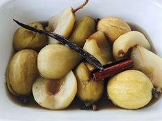 Spiced Feijoas & Pears Baked Pears, Pear Recipes, Spices, Baking, Fruit, Desserts, Food, Tailgate Desserts, Spice