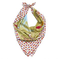 Silk scarf Miss Sherlock part of We Made Shawls series designed by illustrators Leendert Masselink and Ingrid Bockting.