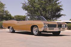 Jim & Chester's Garage Deuce and a Quarter… 1967 Electra convertible 1960s Cars, Retro Cars, Vintage Cars, Antique Cars, Electra 225, Buick Electra, Convertible, Buick Models, Barrett Jackson Auction