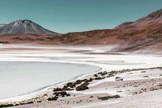 The less people the more beauty  #bolivia  #saltlake #outdoors #southamerica #visitsouthamerica #destinationsouthamerica #getlost #landscapelovers #landscape #nakedplanet #getlost #passportready #nightphotography #travel #travelphoto #destinationsouthamerica #ourplanetdaily #outdoors #nightscape #photopills #4x4 #offroad #visitbolivia #natgeobolivia #uyuni #igersspain #igtravel