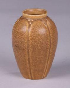 Rookwood 1923 Matte Brown Vase