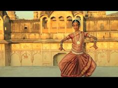 Odissi is one of the eight classical dance forms of India, originating from the state of Orissa, East India. This piece is the first dance in the Odissi repe. Music Mix, Dance Music, Gabriel, Small Acts Of Kindness, Dance Movement, India Colors, Best Dance, Fairy Godmother, Divine Feminine