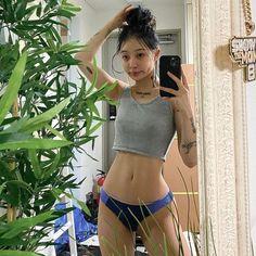 Skinny Girl Body, Skinny Girls, Nice Body Girl, Skinny Inspiration, Body Inspiration, Summer Body Goals, Aesthetic Body, Ulzzang Girl, Perfect Body