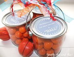 An easy-to-make Upward Basketball coach gift that could also be made into a gift for soccer, flag football or cheerleading coaches. gift-ideas-no-peeking