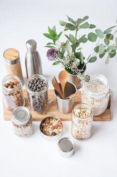 What is zero waste living? Check out this post for some zero waste 101!
