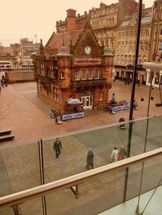 Cafe Nero, Glasgow, Scotland !!