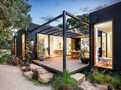 Recently, prefab homes have become an alternative or option for a new home because it is created in a short period of time and prefab offers a modern style Modular Home Designs, Modern Modular Homes, Prefab Modular Homes, Modular Housing, Terrasse Design, Building A Container Home, Prefab Container Homes, Container Buildings, Beach Shack