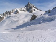 Vallee Blanche in Chamonix Mont Blanc. Ski the Vallee Blanche and all the info you need to know about how to do it