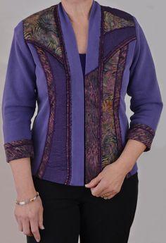Sweatshirt Pattern Sweatshirt Makeover por LondasCreativeSewing