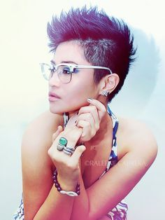fohawk shaved sides girl - Google Search