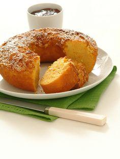 Hai mai provato a legare il mais dolce all'impasto di una torta? La rende davvero speciale: leggi la ricetta della ciambella dolce rustica su Sale&Pepe.