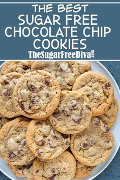 These are the best sugar free chocolate chip cookies! I love how yummy these cookies are even though there is no added sugar in them. These cookies taste just like the regular ones too! Sugar Free Deserts, Low Sugar Desserts, Sugar Free Treats, Sugar Free Cookies, No Sugar Foods, Sugar Free Recipes, Sugar Free Brownies, Sugar Free Biscuits, Healthy Cookie Recipes