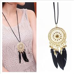 Captivating Fashion Retro Dream Catcher Necklace - Indian Feather, Lace Circle, Bohemia
