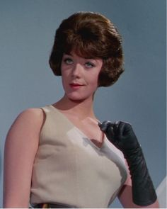 Tara King, King A, 1960s Hair, Really Short Hair, Catherine Bell, Avengers 2, Canadian Actresses, Leather Gloves, Tv Series
