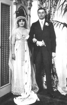 "1911-Lily Elsie left the cast of The Count of Luxembourg to marry 6' 3"" Major John Ian Bullough (1885–1936), the son of a wealthy textile manufacturer, but the marriage was reported to be mostly unhappy. In addition, Elsie often suffered from ill health, including anaemia, among other ailments, and had several operations during her years onstage"