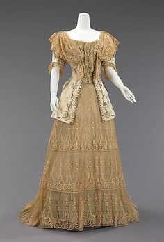 Evening dress Rouff  (French, 1844–1914) Date: ca. 1895 Culture: French Medium: silk, metal Dimensions: Length at CB (a): 52 1/2 in. (133.4 cm) Length at CB (b): 29 in. (73.7 cm) Credit Line: Brooklyn Museum Costume Collection at The Metropolitan Museum of Art, Gift of the Brooklyn Museum, 2009; Gift of Mrs. William E. S. Griswold, 1941 Metropolitan Museum of Art