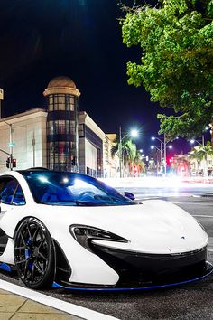 supercars-photography: McLaren P1 in Beverly Hills (via)