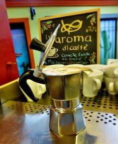 """A R O M A  D I  C A F F É  """"Te invitamos a disfrutar de un delicioso #CaféMoka elaborado en la tradicional #Greca. Vive cálidos momentos y deléitate con el mejor café"""".  Abrimos los Domingos de 10 a.m. - 5 p.m. . Visítanos!  #MomentosAroma#SaboresAroma#ExperienciaAroma#Caracas#MejoresMomentos#Amistad#Café#CaféVenezolano# #Espresso #CoffeePic #CoffeeLovers #CoffeeCake #CoffeeTime #CoffeeBreak #CoffeeAddicts #CoffeeHeart…"""