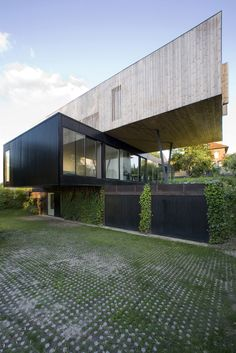 Contemporary Floating House In Sèvres by Colboc Franzen