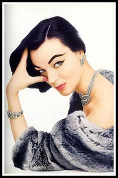 Ivy Nicholson in Chaumet Jewelry, photo by Jacques Rouchon, Femme, 1954