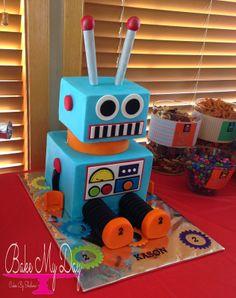 Super cool robot cake
