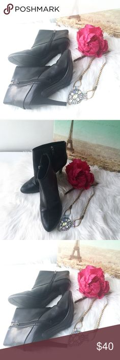 Marc Fisher ankle boots Marc Fisher ankle boots. Wore twice, excellent condition. Heel 3 1/2 Marc Fisher Shoes Ankle Boots & Booties