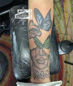Baby Tattoos, Girly Tattoos, Pretty Tattoos, Mini Tattoos, Cute Tattoos, Body Art Tattoos, Space Tattoos, Dope Tattoos For Women, Black Girls With Tattoos
