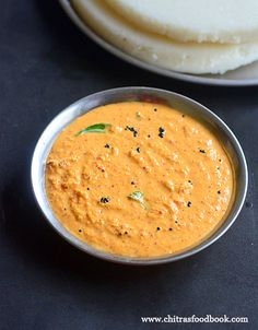 Karnataka Red Coconut Chutney Recipe For Idli, Dosa Veg Recipes, Curry Recipes, Indian Food Recipes, Vegetarian Recipes, Cooking Recipes, Kerala Recipes, Coconut Recipes Indian, South Indian Chutney Recipes, Indian Foods