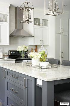 Modern Grey Kitchen, Grey Kitchen Island, Grey Kitchen Designs, Kitchen Island Decor, White Kitchen Decor, Kitchen Room Design, Grey Kitchen Cabinets, Kitchen Cabinet Design, Modern Kitchen Design