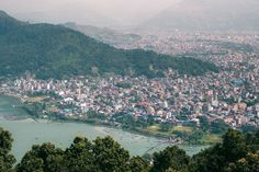 View from The World Peace Pagoda in Pokhara, Nepal. What to do in the lakeside city of Pokhara, Nepal? Check our travel guide with tips on the best things to do and places to visit in the beautiful authentic Nepalese town bhewa Lake including World Peace Pagoda, Sarangkot, outdoor activities and more! #pokhara #nepal #adventure #asia #trekking Great Place To Work, Photographs Of People, Small Island, Us Travel, Outdoor Activities, Aesthetic Pictures, Travel Guides, Nepal, Trekking