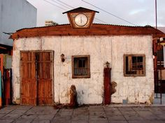Iquique Chile Cantina by Brett Winn Chile, South America, Places To See, Around The Worlds, Treehouses, Cabins, Homes, Windows, Lugares