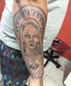 Em progresso #ink #tattoo #tattoolife #religioustattoo #tattooreligiosa #tattoosanta #usoelectricink  #electricink #sorocabatattoo  #tattoosoracaba #blackandgreytattoo #reytattoostudio