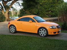 2006 Audi TT Pictures: See 226 pics for 2006 Audi TT. Browse interior and exterior photos for 2006 Audi TT. Audi Tt 225, Sports Car Wallpaper, Alfa Romeo Cars, Classy Cars, Bmw Series, Ford Gt, Transportation Design, Mk1, Audi Rs7