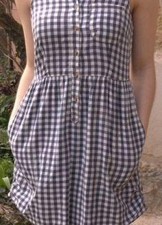 À vendre sur #vintedfrance ! http://www.vinted.fr/mode-femmes/robes-casual/20748922-robe-legere-a-carreaux-vero-moda