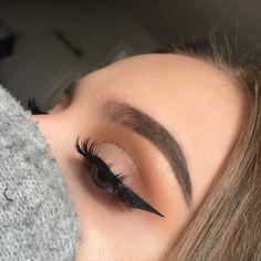 Gorgeous Makeup: Tips and Tricks With Eye Makeup and Eyeshadow – Makeup Design Ideas Makeup Trends, Eye Makeup Tips, Makeup Goals, Skin Makeup, Makeup Inspo, Beauty Trends, Makeup Products, Makeup Ideas, Makeup List