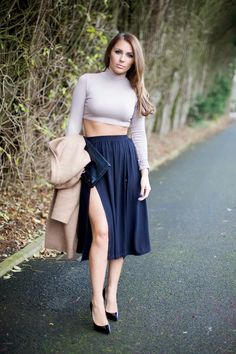 Kayleigh Anderson: Crop Tops and Skirt Splits Belly Button Smell, Midi Skirt, High Waisted Skirt, Winter Fashion, Crop Tops, Skirts, People, How To Wear, Winter Fashion Looks